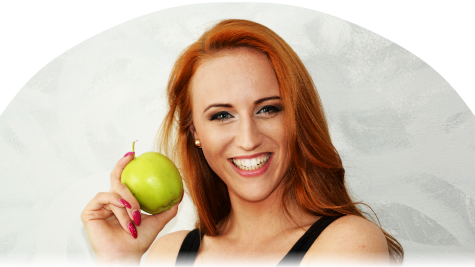 Petra Pavuková apple